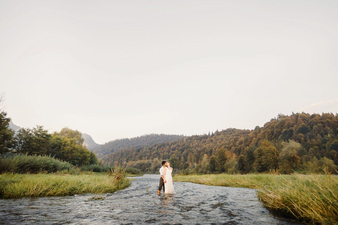 Bride and groom in Pieniny, Destination wedding
