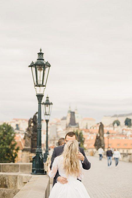 Wedding photo shoot in Prague