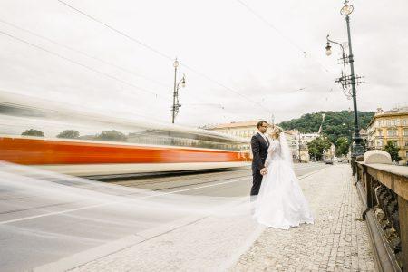 Destination wedding photo shoot in Prague