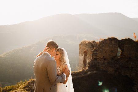 Destination wedding photoshoot in Slovak hills