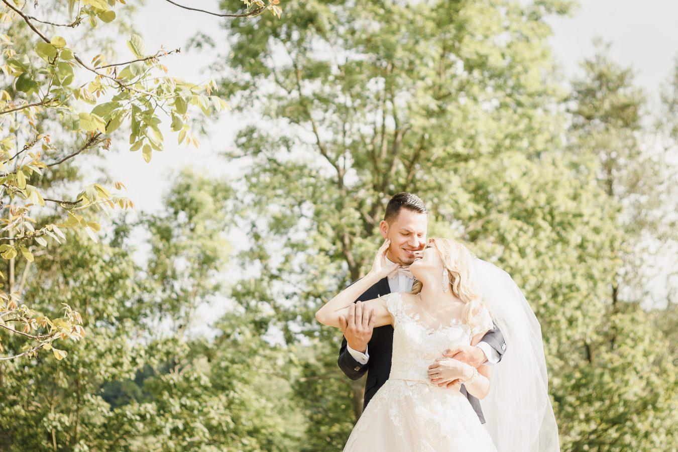 Romantic wedding photoshoot in beautiful Slovakia