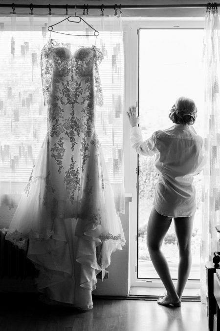 Bride getting ready_wedding dress portrait