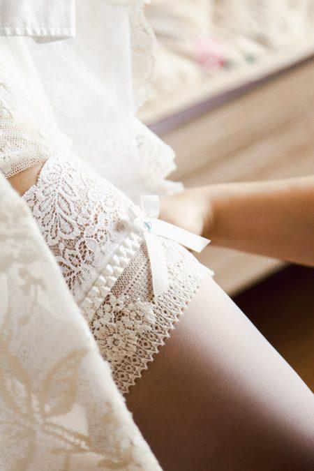 Bridal garter detials